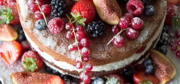 bolo-de-frutos-vermelhos